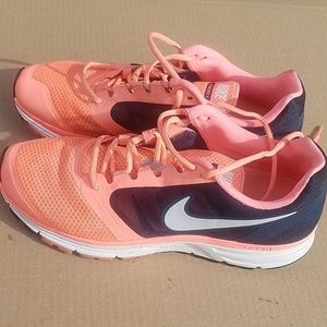 Nike ZOom Vomero with fit sole. Size 11